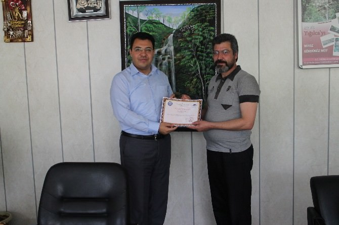 Veteriner Ahmet Kaçar'a Teşekkür Belgesi