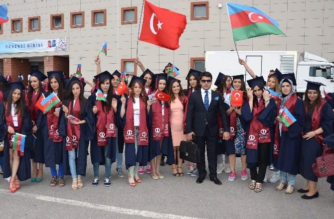 Türk Okulundan Mezun Olmanın Gururunu Yaşadılar