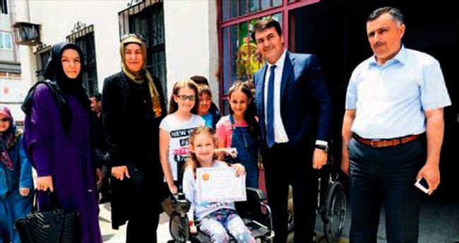 Engelli Kübra'yı ağlatan sürpriz
