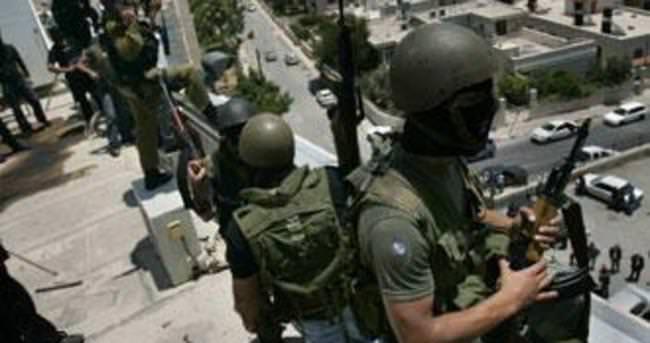 Filistinliyi döven İsrail askerlerine ertelenmiş ceza