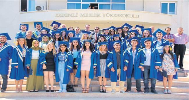 Erdemli UTİYO'da mezuniyet heyecanı