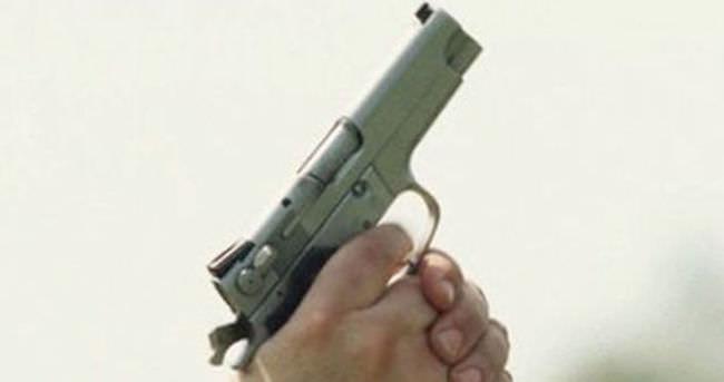 Fransa´da düğünde havaya rastgele ateş etti 1 kişi öldü