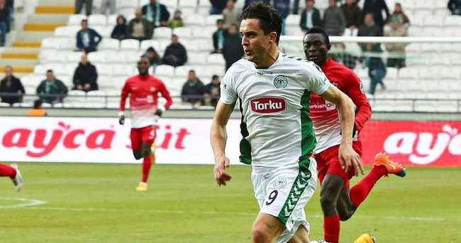 Rangelov, 1 yıl daha Konyaspor'da