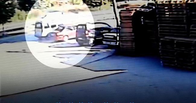 Cezaevi müdürünün vurulma anı kameralara yansıdı