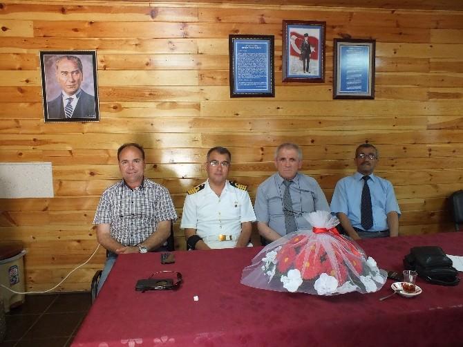 Garnizon Komutanı Albay ERDEMİR'den Şehit Aileleri Ve Gaziler Derneğine Ziyaret