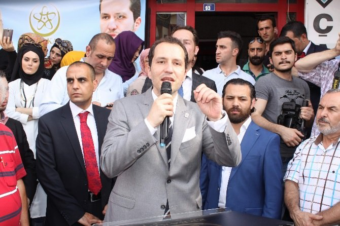 Fatih Erbakan Kocaeli'de Erbakan Vakfı'nın Açılışına Katıldı