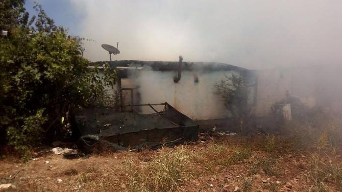 """Fethiye""""deki Ev Yangını Korkuttu"""