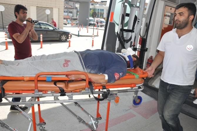 İnegöl'de 2 Ayrı Motosiklet Kazası: 2 Yaralı
