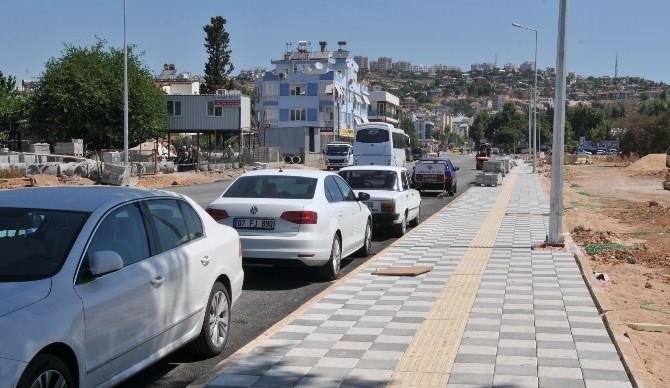 Mimar Sinan Kongre Ve Sergi Merkezi'nin Yolları Yapılıyor