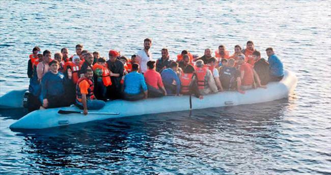 Ege'de 454 kaçak kurtarıldı