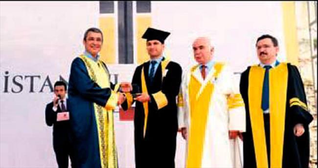 Yassıada'da mezuniyet töreni