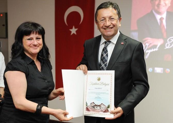 Başkan Tiryaki Gönüllü Eğitmenlerle Buluştu