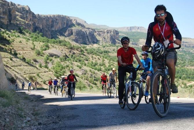 Fotokampta, Bisiklet Turu Yapıldı