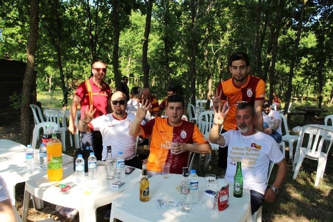 Saraylı Galatasaray Taraftarları Piknikte Buluştu