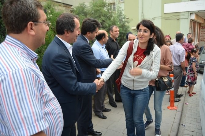 Belen'de 9 Öğrenci Yunanistan'a Uğurlandı