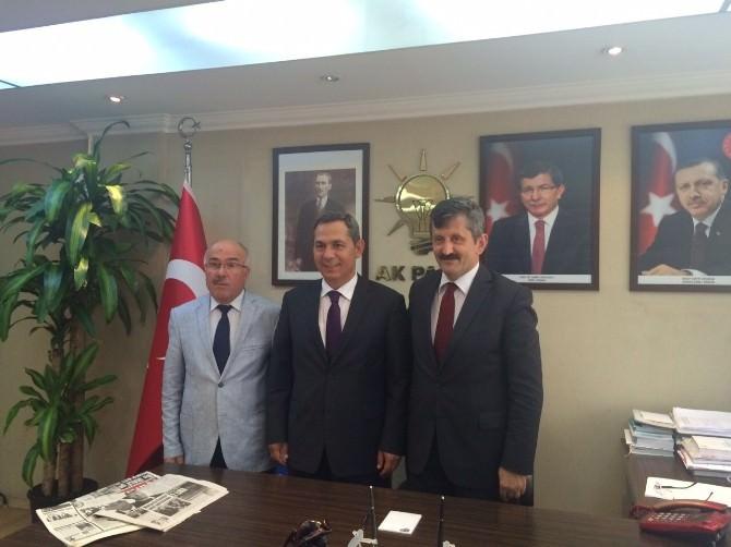 Uysal, İl Başkanı Zeki Tosun'u Ziyaret Etti