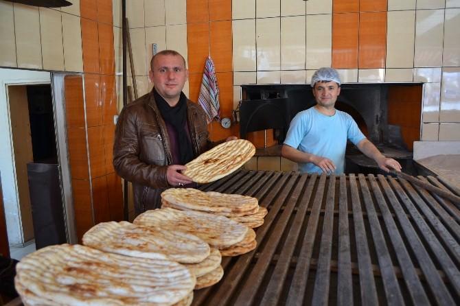 Niğde Ramazanda ETİ Ve Pideyi Zamsız Yiyecek