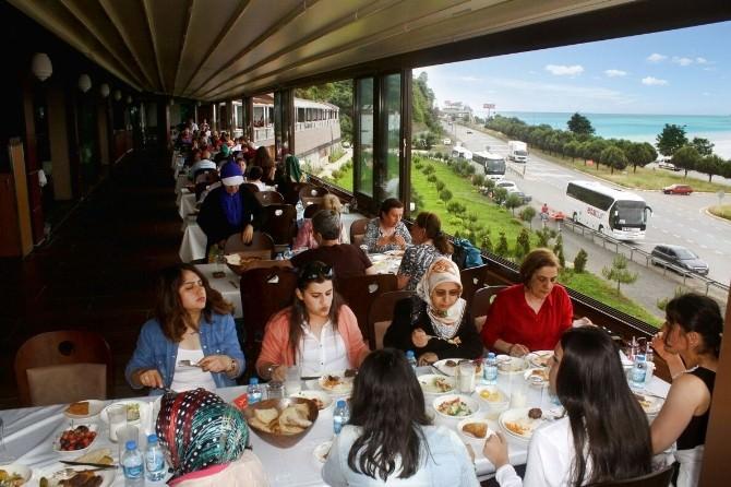 Dünyanın En Uzun Köfte Salonu Trabzon'da Hizmete Girdi