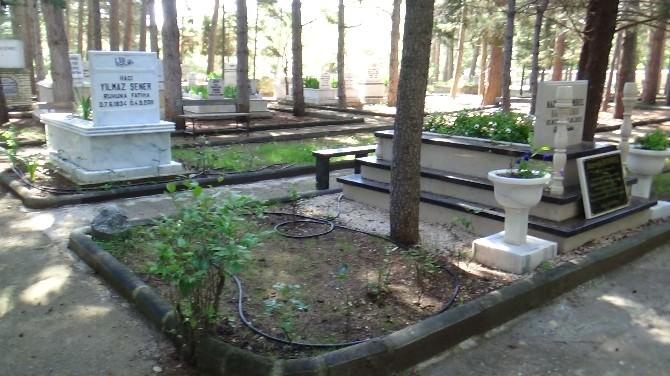 Demirel Anıt Mezara Veya Aile Kabristanlığına Defnedilecek