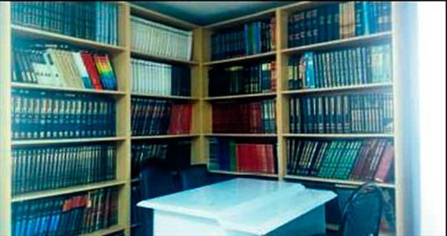 Fatih Kütüphanesi kitapseverin evi