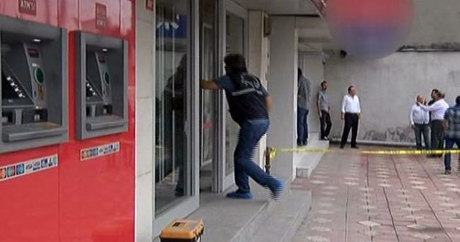 Sultangazi'de silahlı banka soygunu
