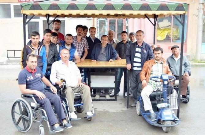 Üniversitelilerden Engellilerin Hayatını Kolaylaştıran Çalışma