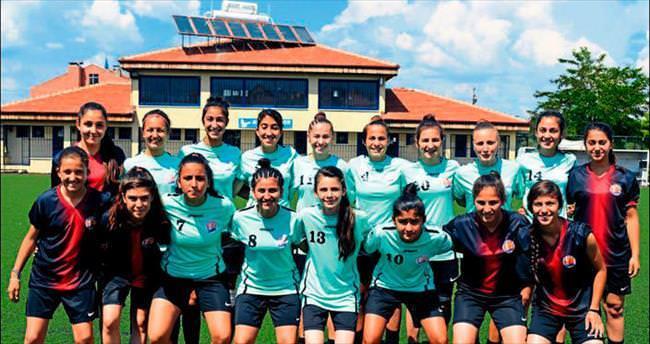 Paşa'nın kızları grup şampiyonu