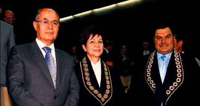 10. Cumhurbaşkanı Sezer hastanede
