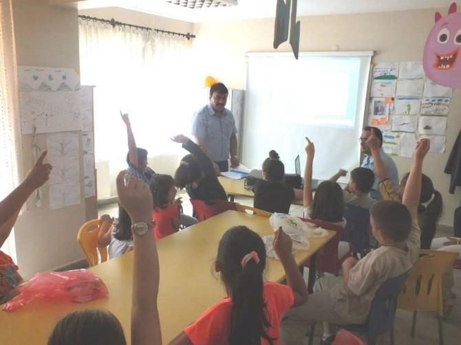 Çaycuma İtfaiyesi'nden Eğitim Gönüllülerinde Yangın Eğitimi