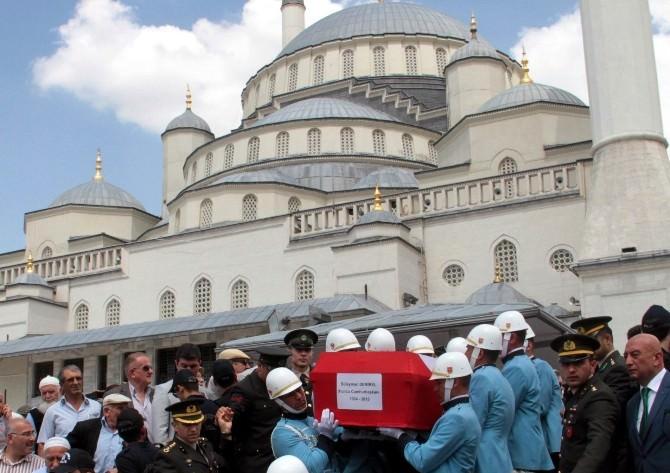 9. Cumhurbaşkanı Demirel'in Vefatı