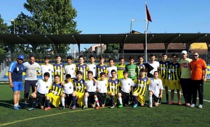 Fatsa İle Azerbaycan Takımı Arasında 4-4'lük Maç