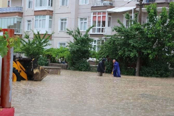 Kırıkkale'de Su Taşkınları Tepkilere Neden Oluyor