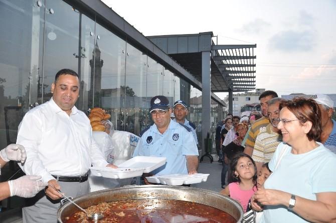 Tarsus'ta 5 Bin Kişiye Yemek Verilecek