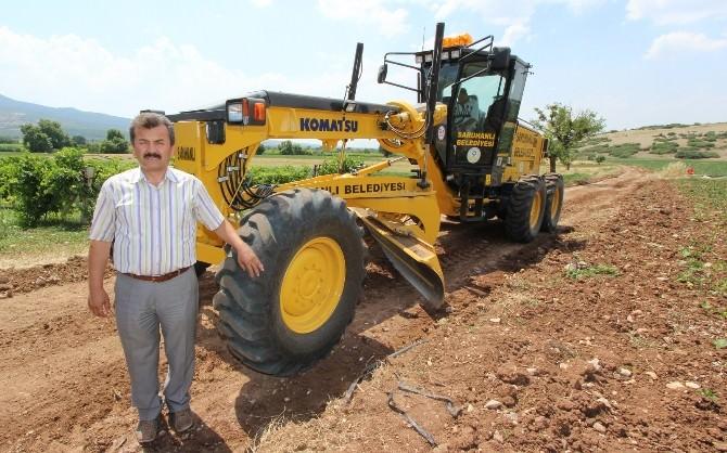 Saruhanlı Belediyesi Arazi Yollarını Düzenliyor