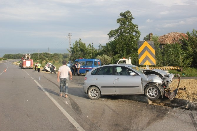 Sinop'ta Trafik Kazası: 4 Yaralı