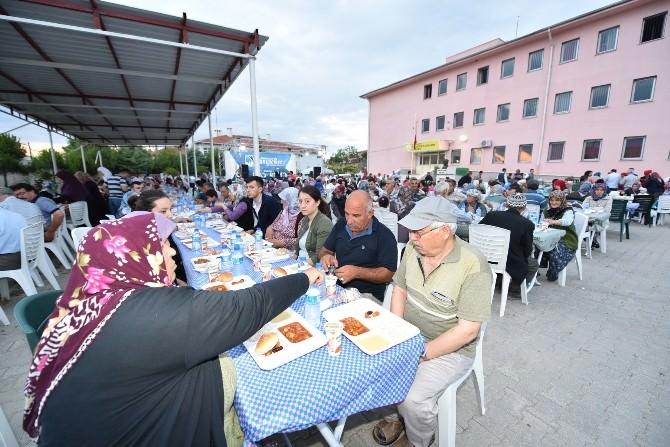 Başkan Çerçi Keçiliköy Sakinleriyle İftarda Buluştu