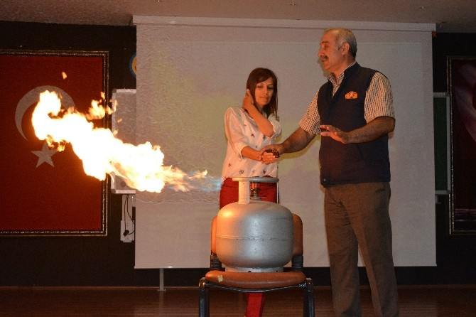Okul İdarecilerine Yangın Eğitimi