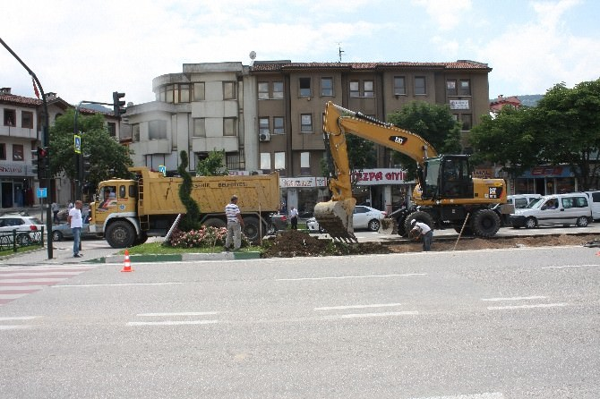 Şehir Merkezindeki Trafiğini Rahatlatacak Olan Otopark İçin Geri Sayım Başladı