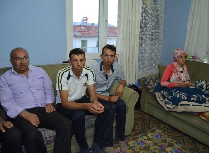 Sezer'den Coşkun Ailesine Taziye Ziyareti