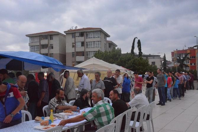 Ortahisar Belediyesi Günde 2 Bin 500 Kişiye İftar Veriyor