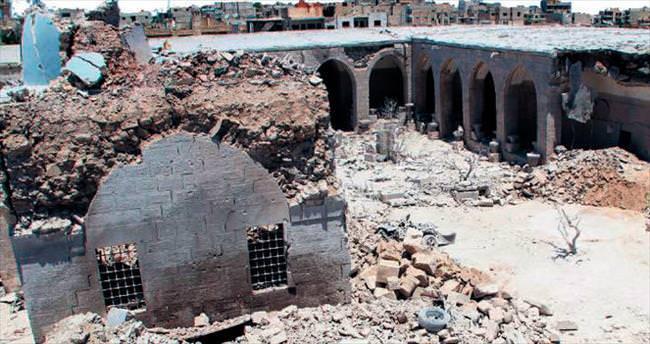 Esad'ın varil bombaları kervansarayı vurdu