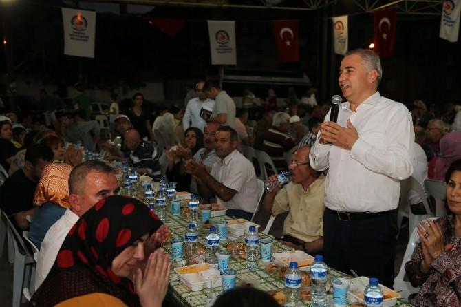 Başkan Zolan Karaman'da Düzenlenen İftar Sofrasında Vatandaşlarla Buluştu