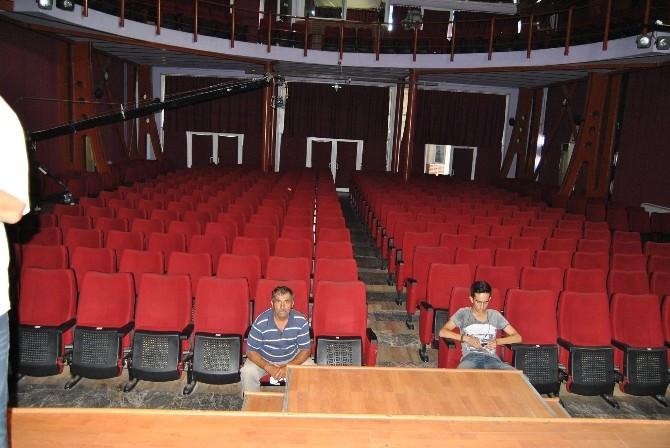 Fethiye'de Çanakkale Konferansı'nı 2 Kişi Dinledi