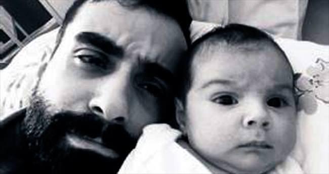 Kızıyla ilk fotoğrafı
