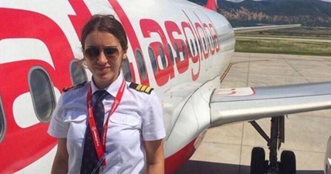 Sabri Sarıoğlu'nun eşi yardımcı pilot oldu