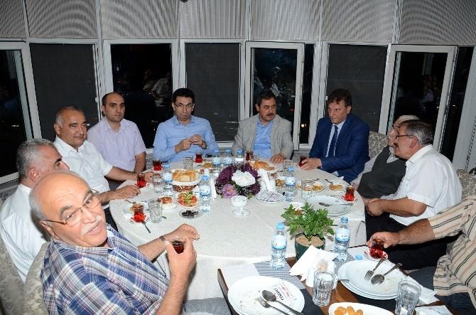 Başkan Eser'den İftar Yemeği