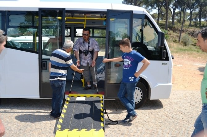 Yeni Minibüslerdeki Engelli Rampaları Tepki Çekiyor