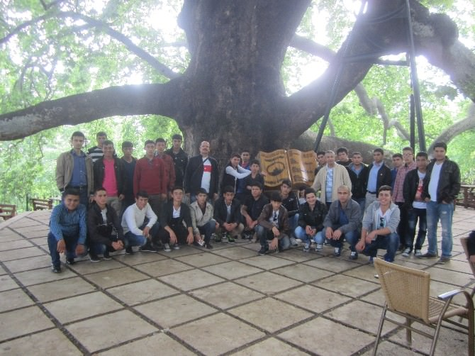 Felahiye'nin Başarılı Öğrencilerine Bursa Çanakkale Gezisi