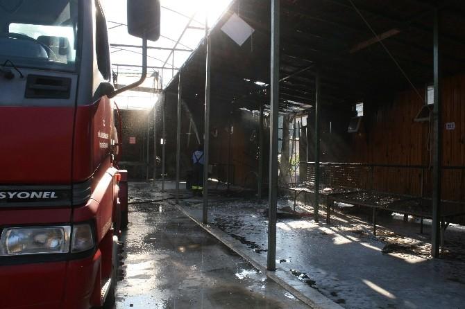 Marmaris'te Pazaryerinde Çıkan Yangın Korkuttu