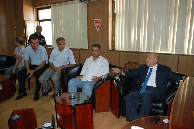 Özdemir, Diyarbakır Büyükşehir Belediye Spor Yöneticilerini Ziyaret Etti